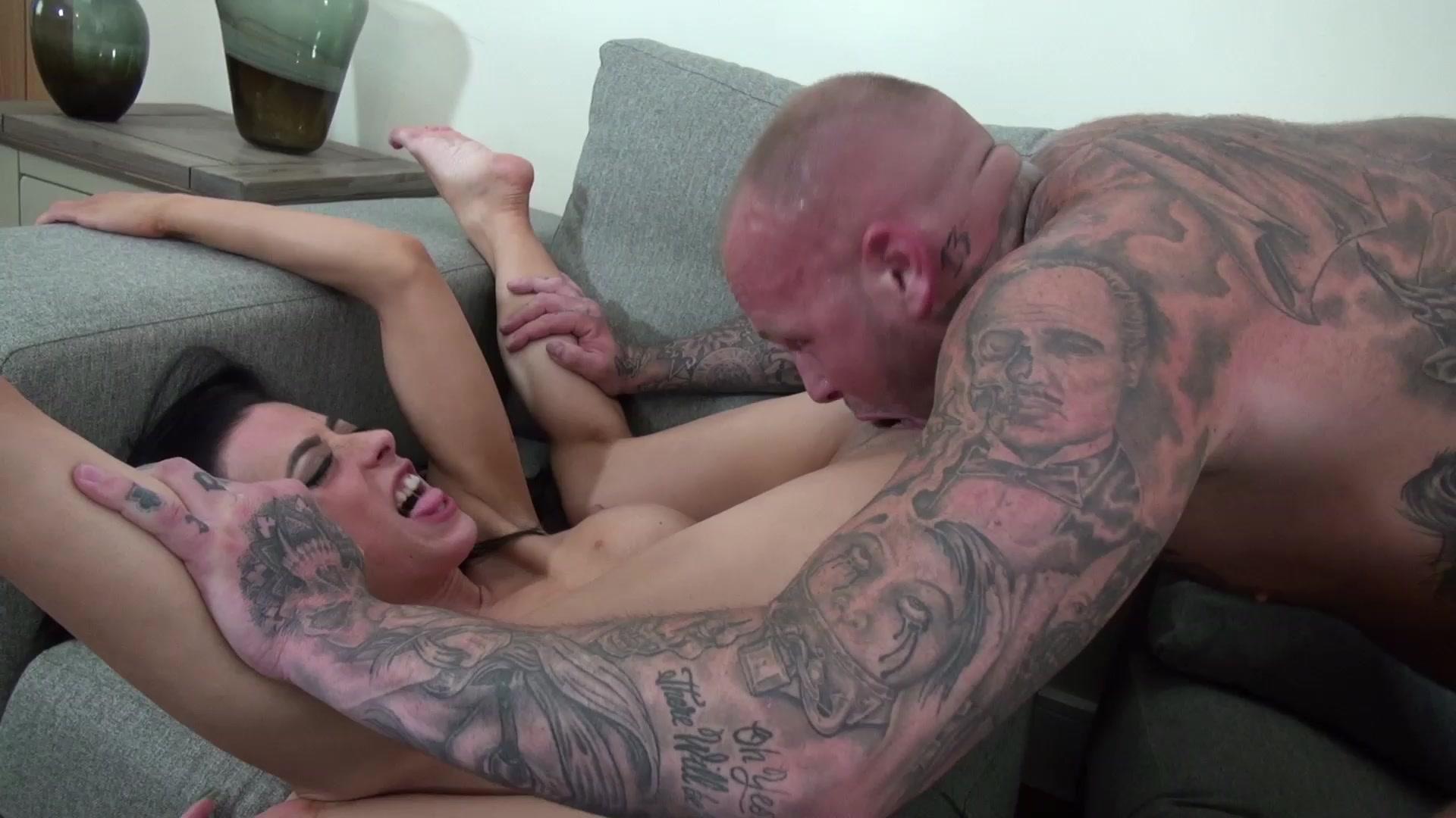 Cock Gobbler Porn Galery