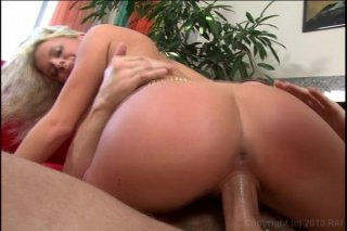 Streaming porn video still #8 from Swallow My Squirt #5