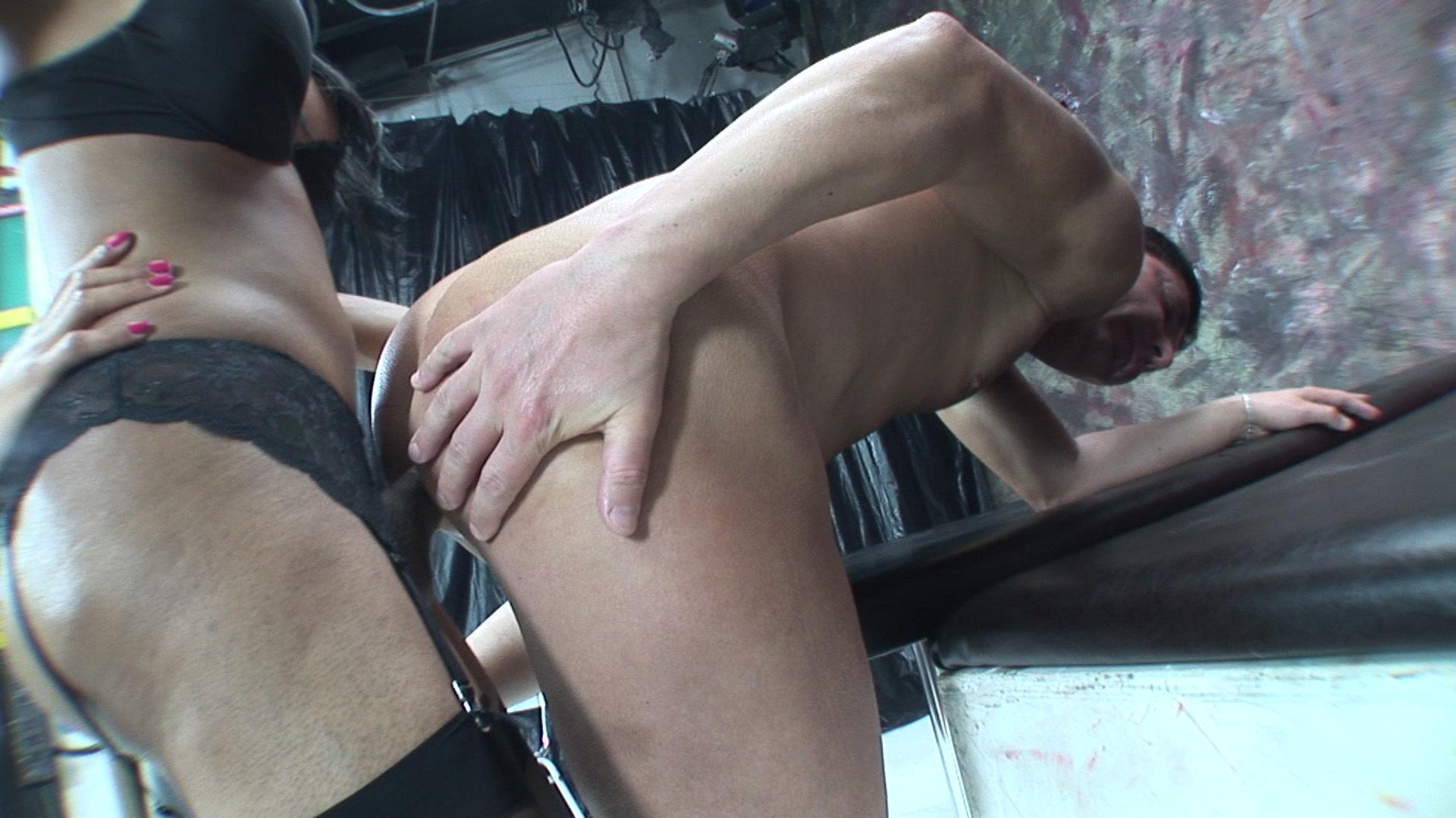 Guy Sucking His Dick