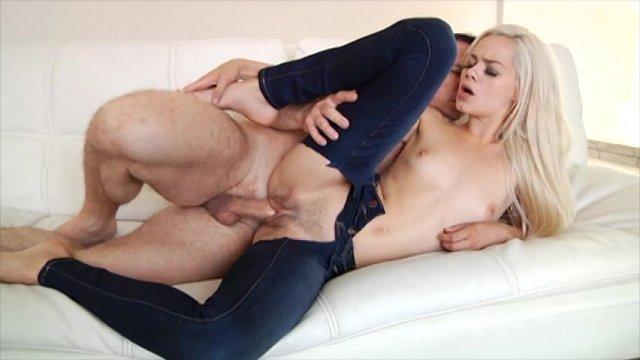 Streaming porn video still #9 from New Girls 3