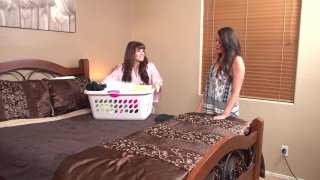 Screenshot #5 from Somebody's Mother 3: Seductions By Reagan Foxx