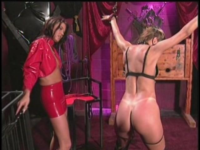 Streaming porn video still #2 from Lesbian Fetish Fever 2