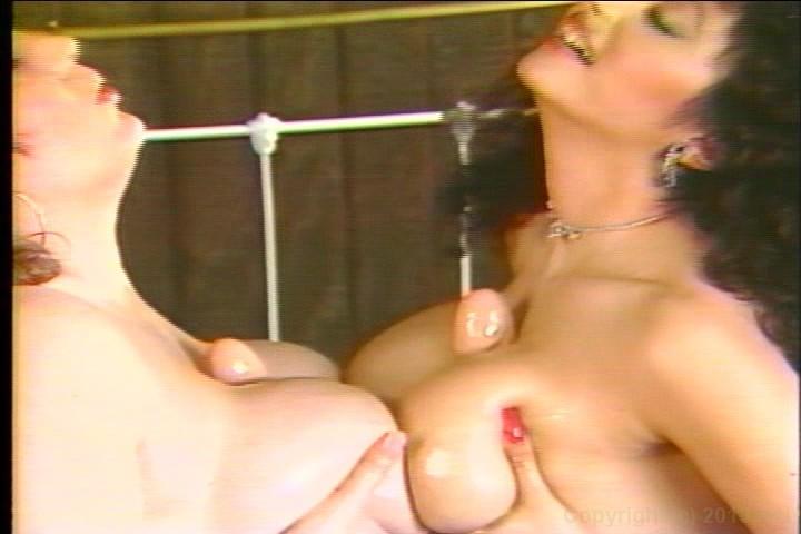 Superstar Naked Girls Rubbing Boobs Pics