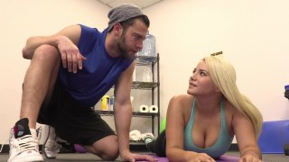 Streaming porn video still #2 from Curvy Girl Sexercise